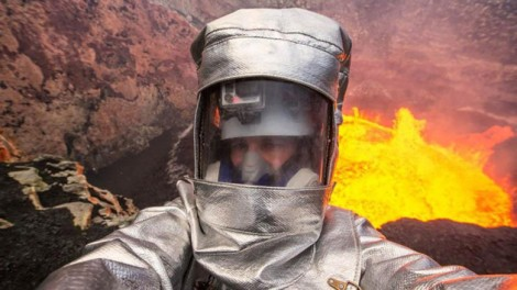 The-top-10-most-extreme-selfies-ever-taken-a-man-inside-an-erupting-volcano