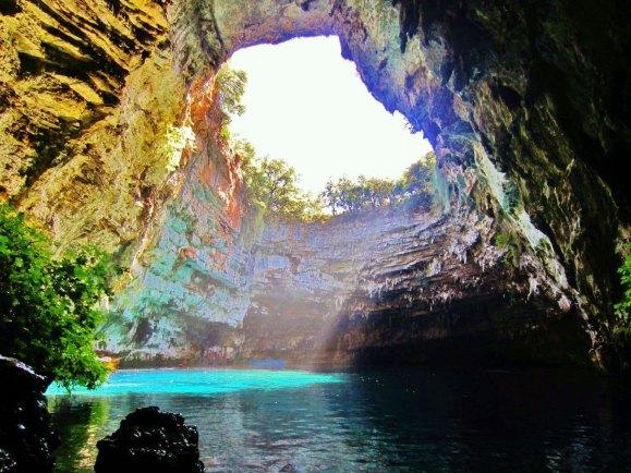 melissani_cave